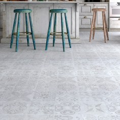 FAUS Retro | Traditional Tile