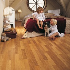 Quick-Step Classic Roble natural barnizado 3 listones